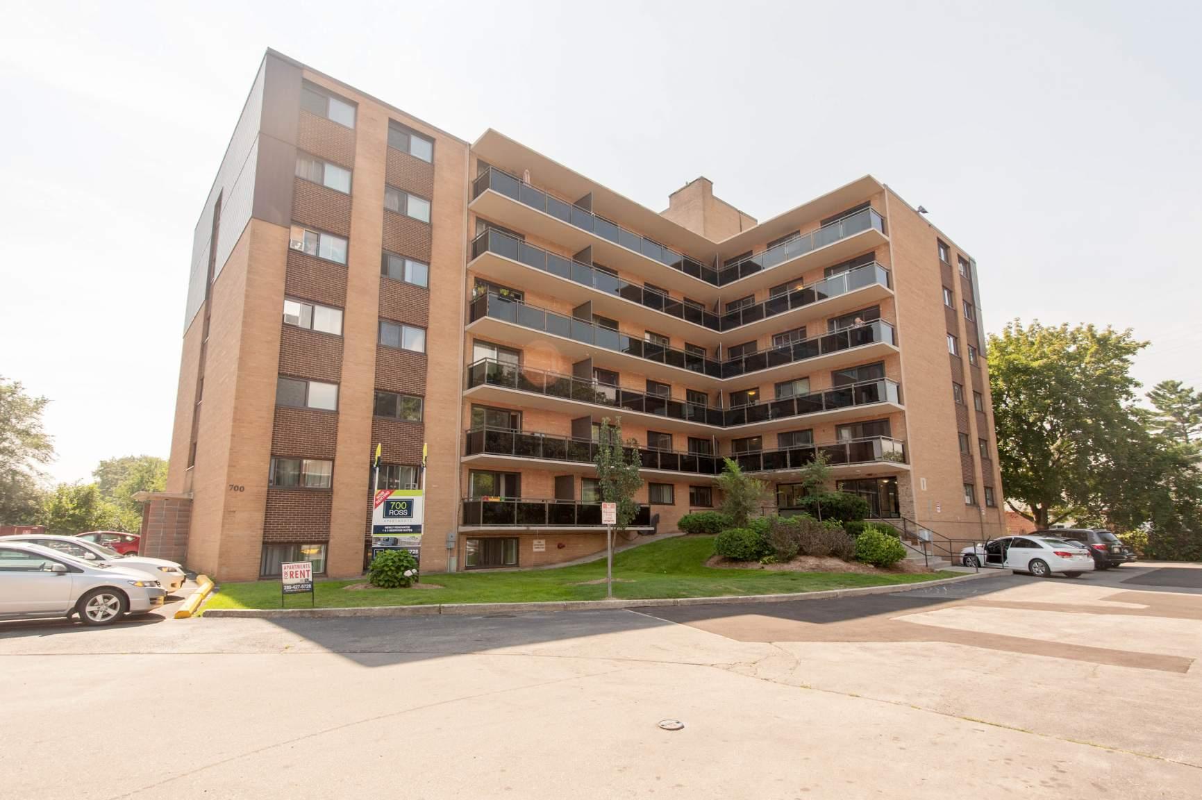 Downtown Burlington Apartments | 700 Ross in Burlington ...