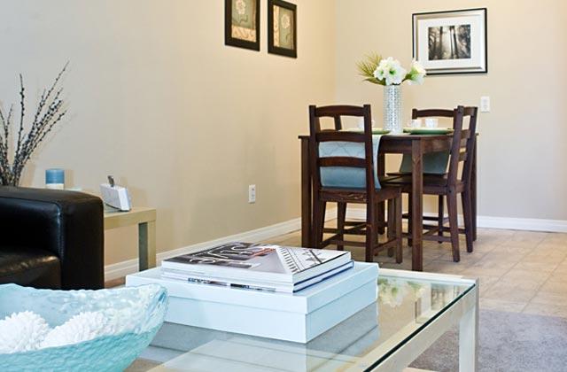 Edmonton Apartments -Callingwood on 170th Apartment kitchen dinningroom