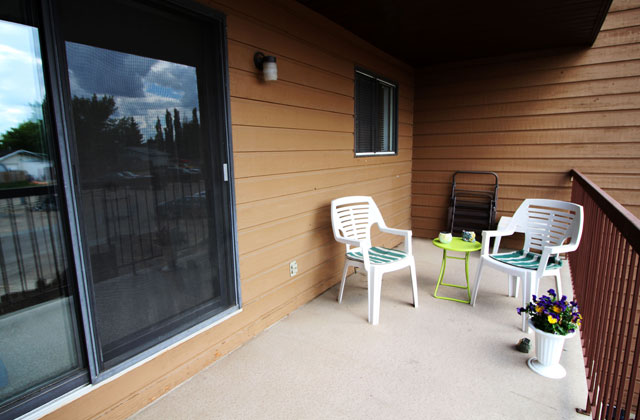 Southdale Park Apartments patio