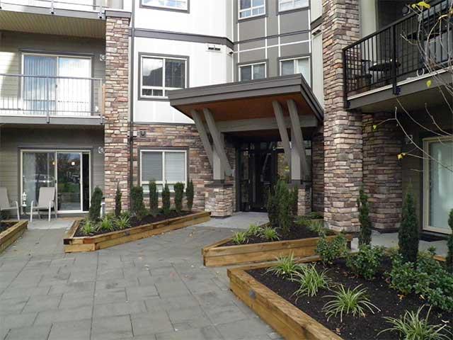 Lexington Court Apartments exterior