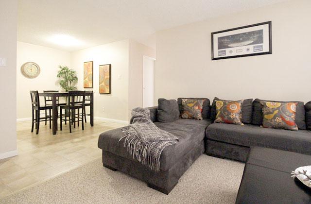 Sunronita House Apartments