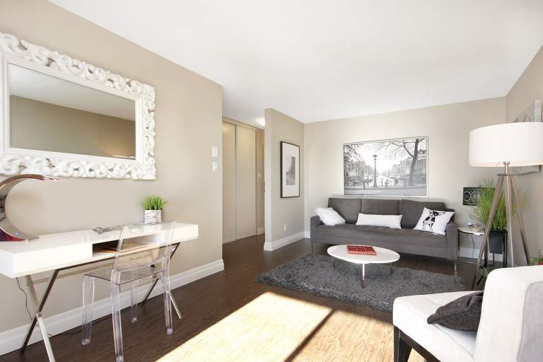 Featured Property Photo Riviera Apartments