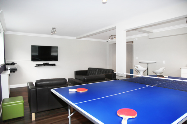 939 Western Apartment for Rent London