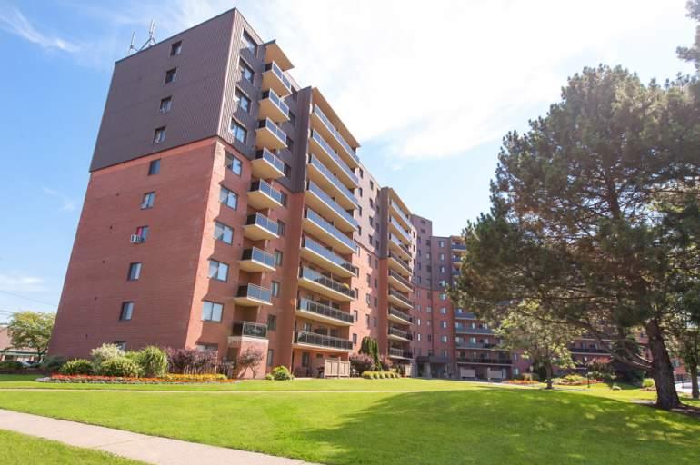 614 Lake Apartments