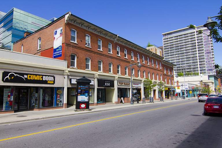 212 ½ - 216 ½ Bank Apartment for Rent Ottawa