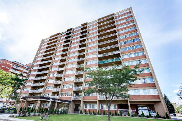 Place Kingsley Apartments Apartment for Rent Côte-Saint-Luc