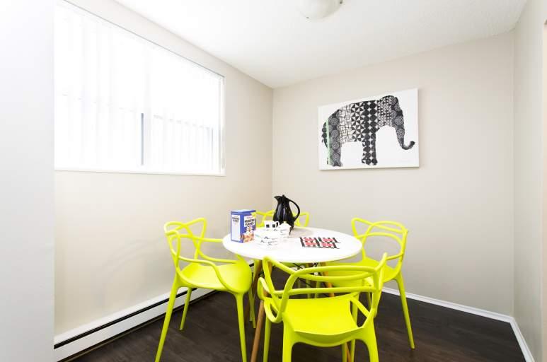 860 Blackthorne Apartment for Rent Ottawa