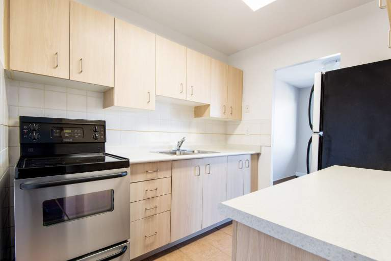 614 Lake Apartments Apartment for Rent St. Catharines