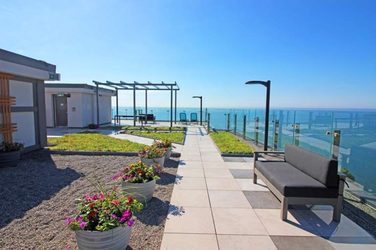 Le club Lakeshore Apartment for Rent Burlington