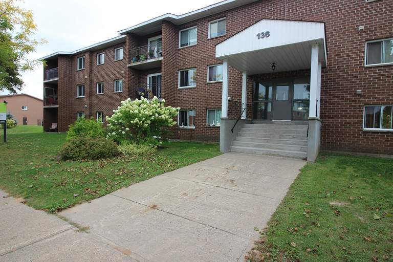 136 Cambridge Place Apartment for Rent Sault Ste. Marie
