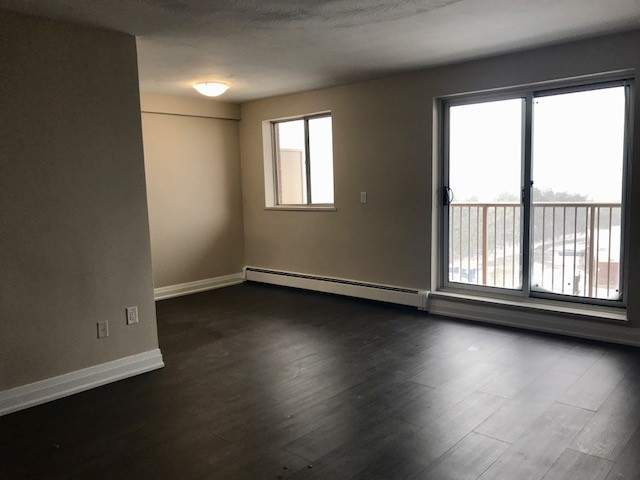 718 Lawrence Apartment for Rent Hamilton