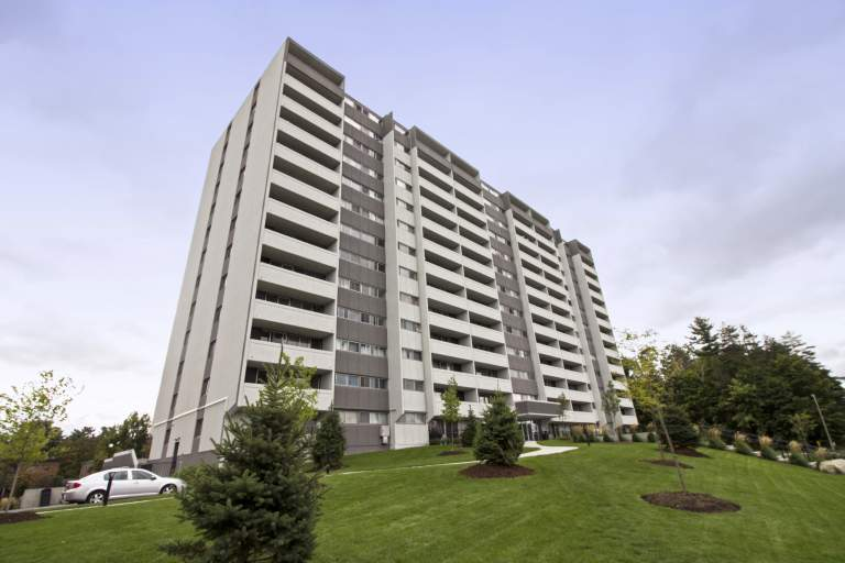 Forest Ridge Apartment for Rent Ottawa