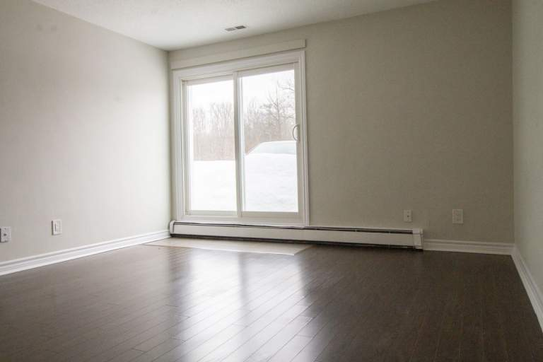 Britannia Parkside Apartment for Rent Ottawa