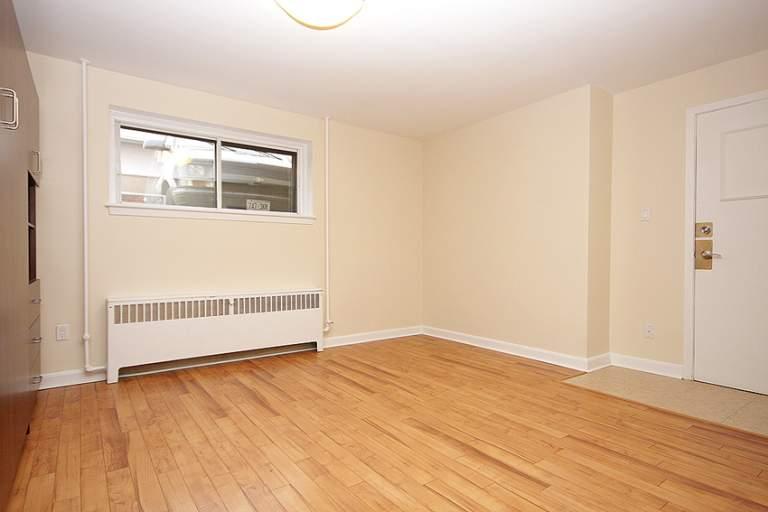 Arbor Village - 1030-1040 Hollington Street Apartment for Rent Ottawa