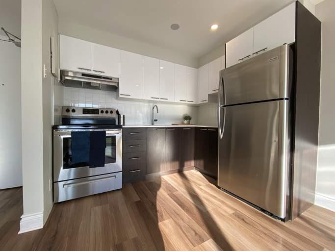 Pavillon Hutchison Apartment for Rent Montreal