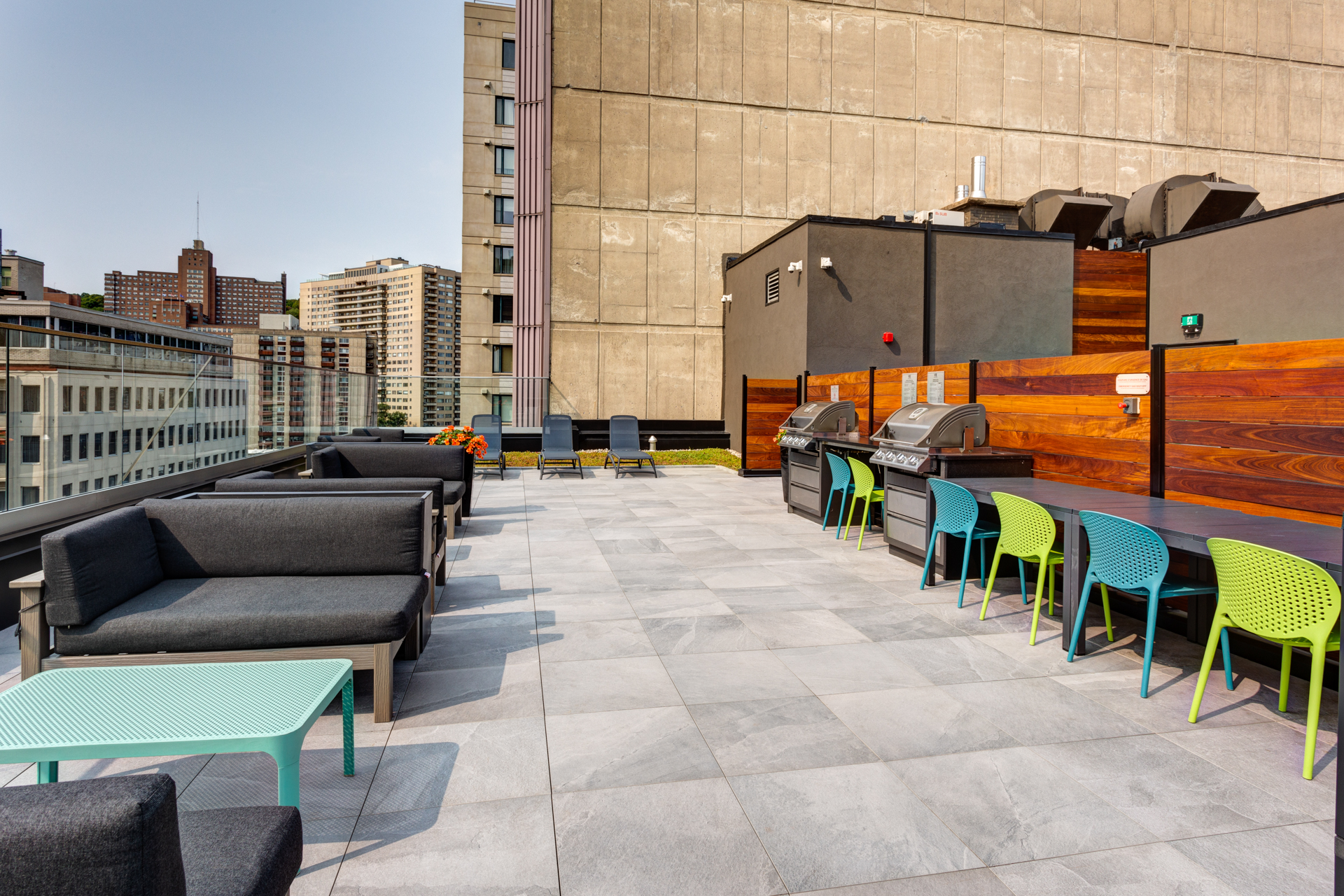 2255 Saint-Mathieu - Rooftop Patio with BBQ