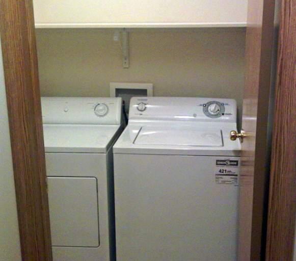 Emerald Manor Laundry