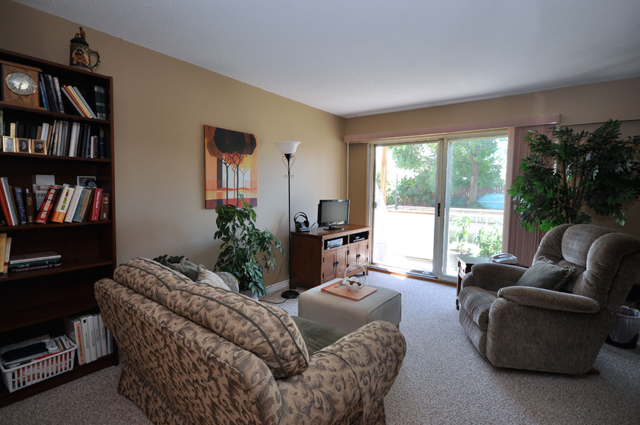 Jason Adam Manor Apartments. living room
