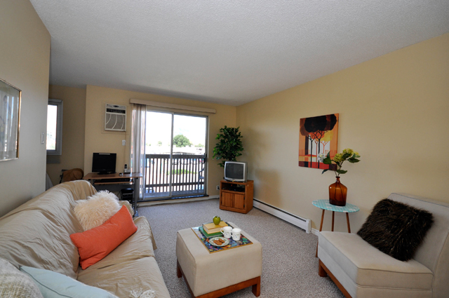 Riverside Garden Apartments Kamloops