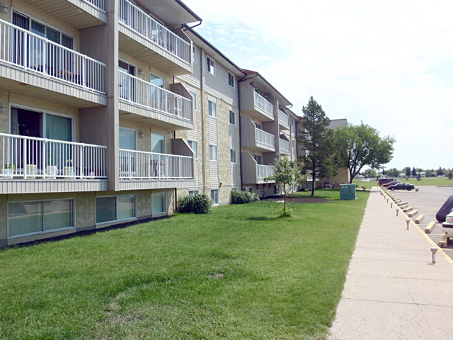 Sunronita House Apartments Leduc Alberta