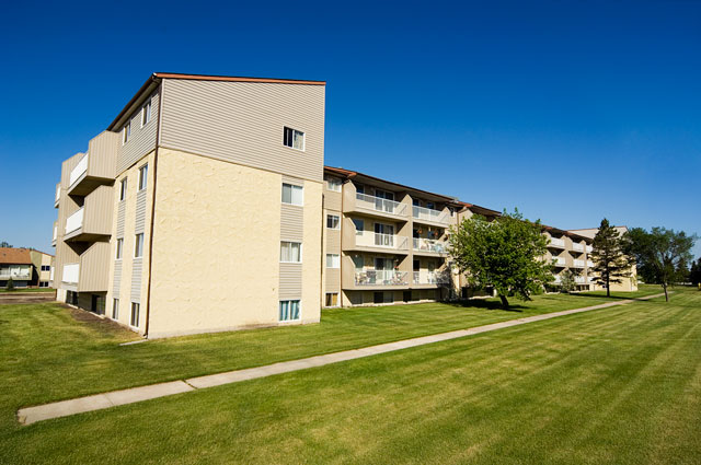Sunronita House Apartments Leduc