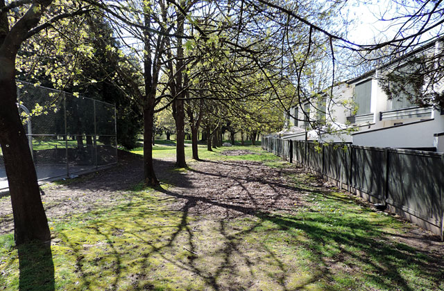 Riverside Gardens Langley park2