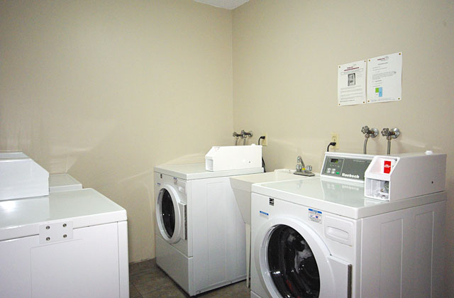 Arrowstone Apartments. laundry