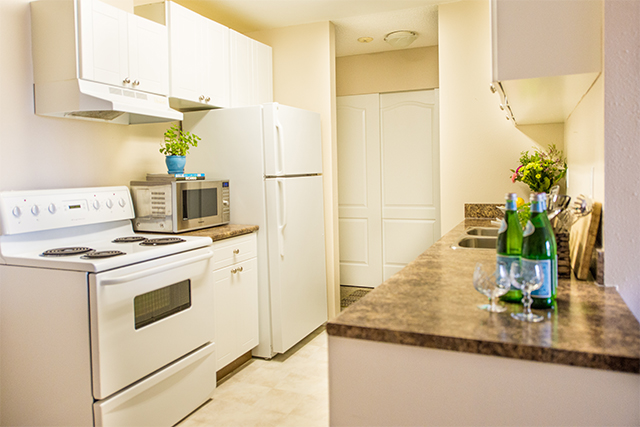 Carriage House Apartments. kitchen