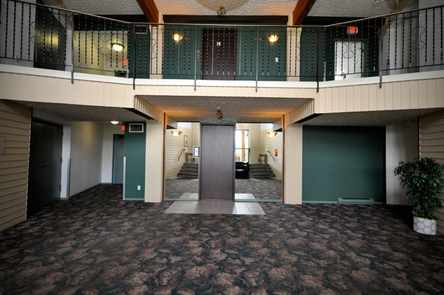 Stetson Place Apartments. lobby1