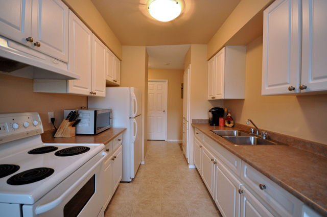 College Manor Apartments. kitchen