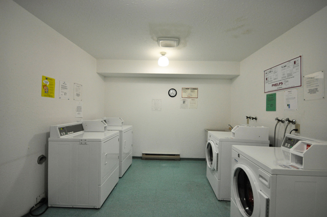 College Manor Apartments. laundry
