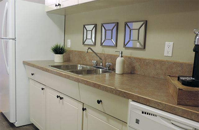 Edgewater Terrace Apartments. kitchen