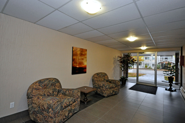 Apartments in Kelowna – Pandosy Square. Lobby