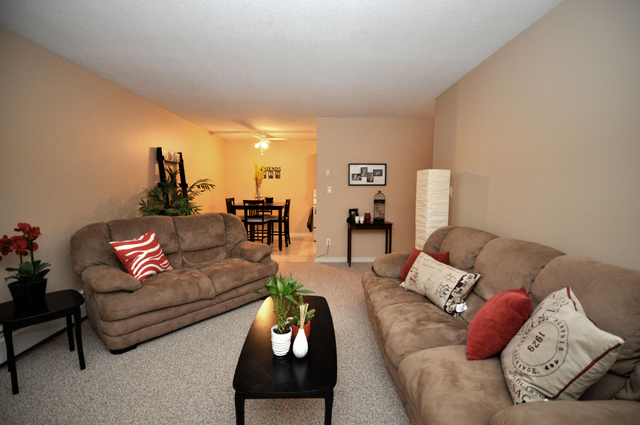 Apartments in Kelowna – Pandosy Square. Living Room