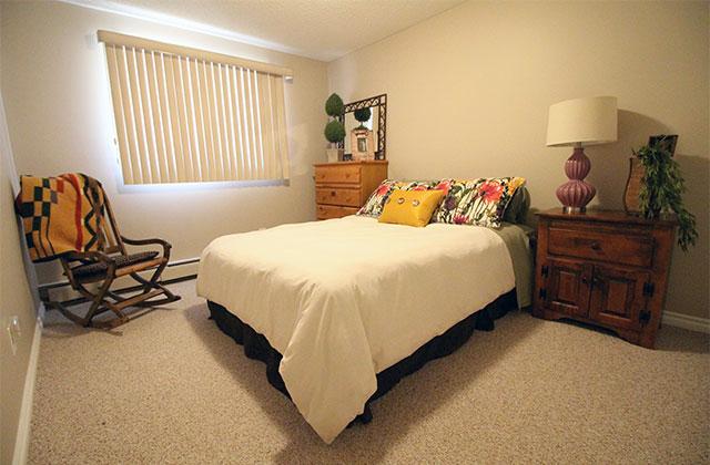 Broadview Meadows Apartments. bedroom