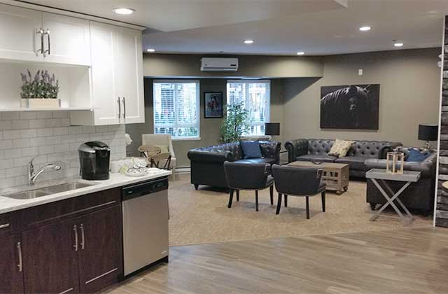 Lexington Court Apartments common areas