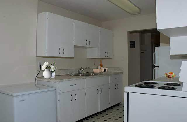 Kelson Court Apartments. kitchen