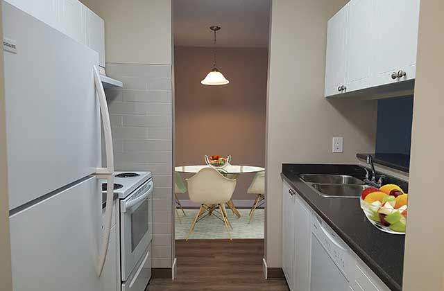 Heatheridge Estates Apartments. Kitchen