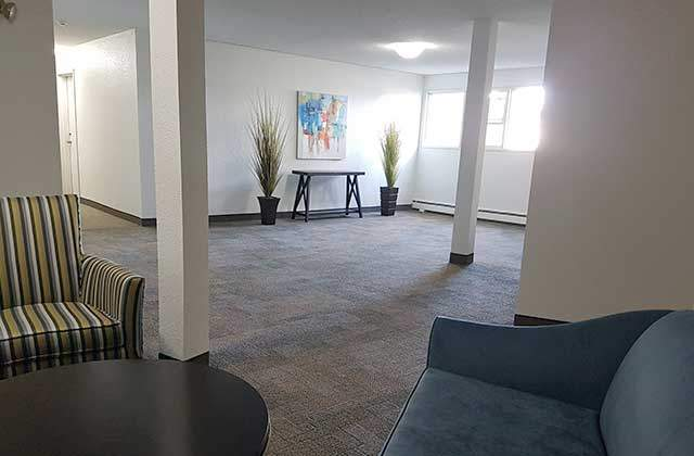 The Ridgewood Apartments. lobby