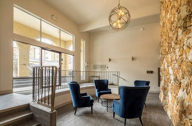 Dufferin Terrace Apartments. lobby2