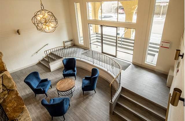 Dufferin Terrace Apartments. lobby