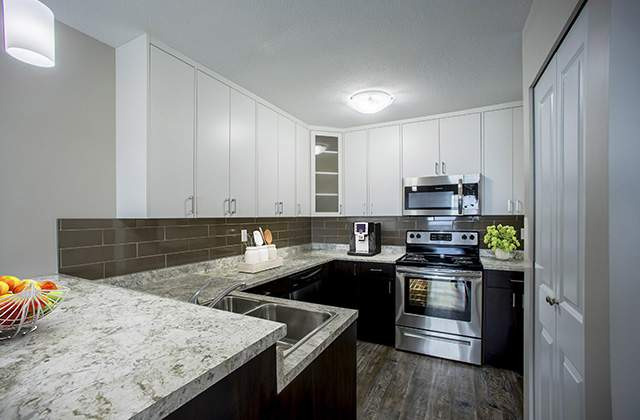 Glynnwood Terrace Apartments kitchen