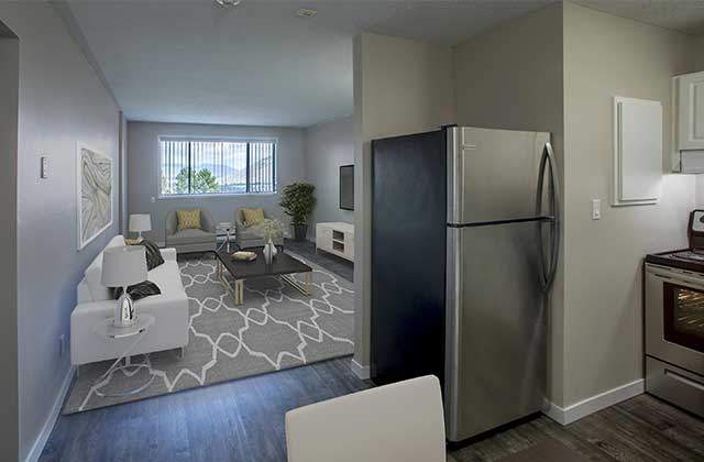 Kelson Manor Apartments dine